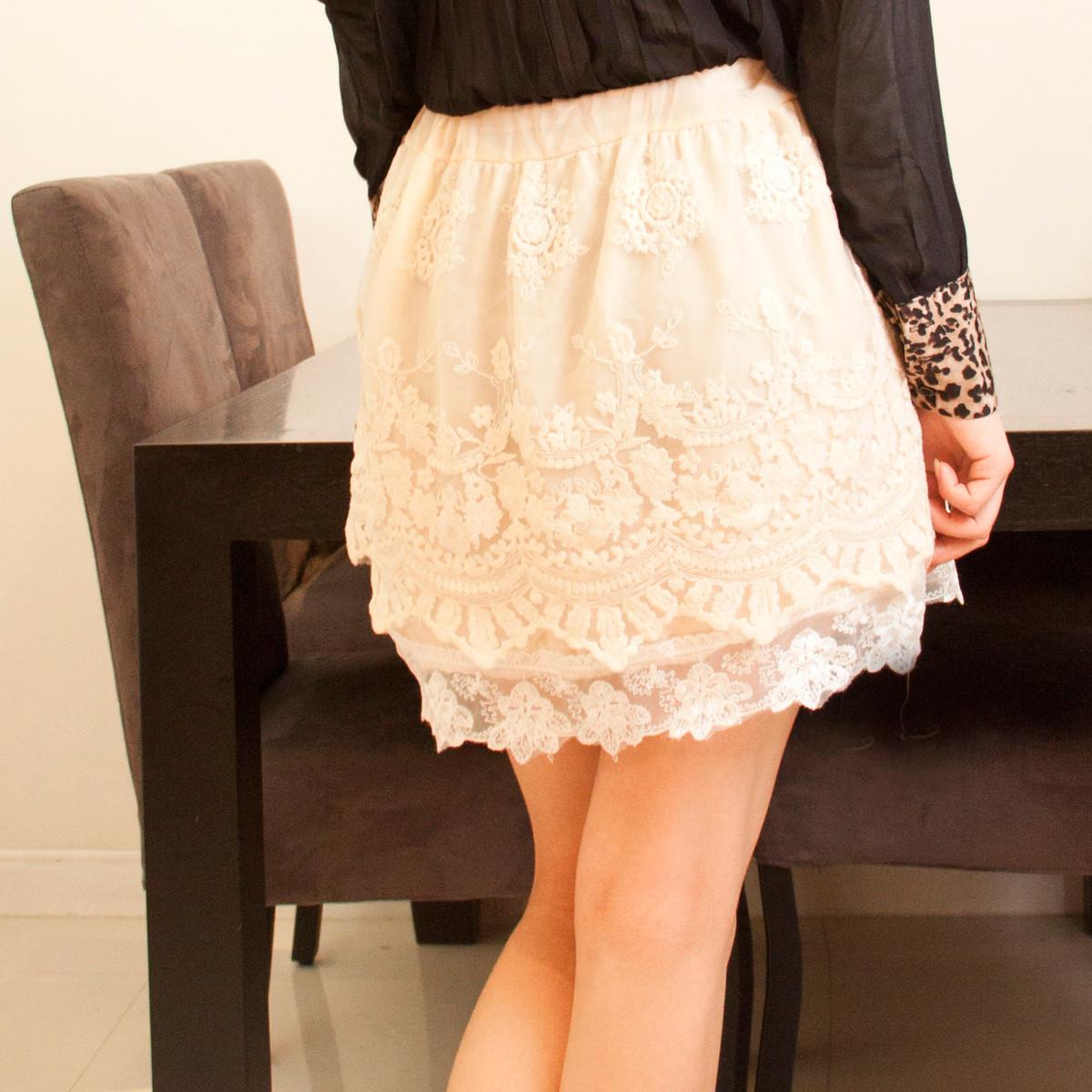 蕾丝包裙半身裙白色