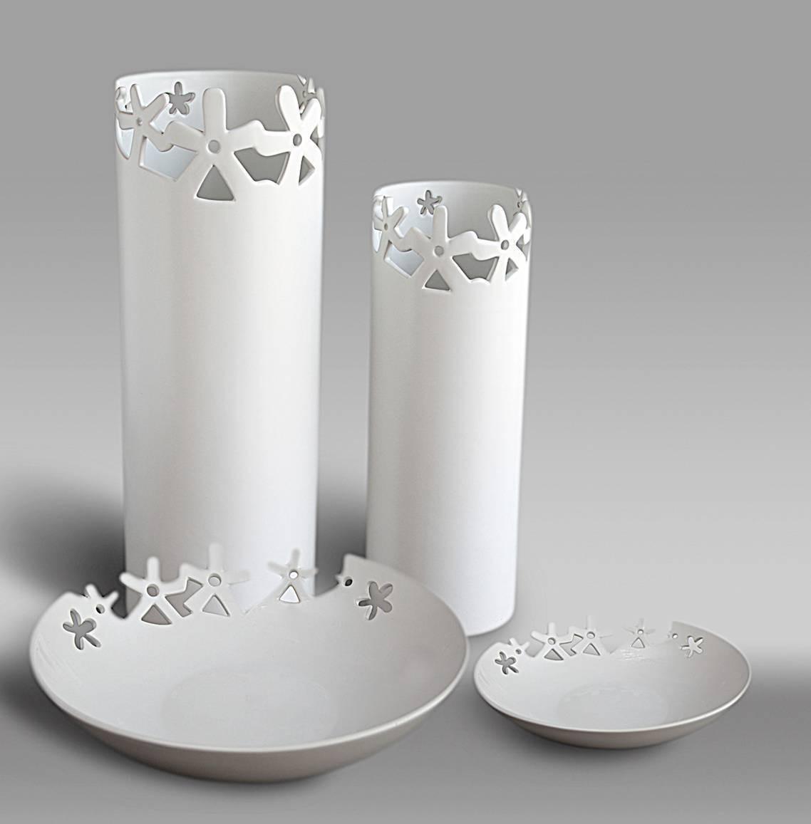 陶瓷花瓶 镂空花形 白色 现代简约 家居装饰品 小花瓶