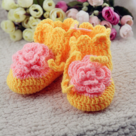 婴幼儿女童鞋 手工钩织编织宝宝毛线鞋婴儿鞋 保暖粉针织软底鞋子.