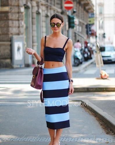 深蓝色长裙怎么搭配_