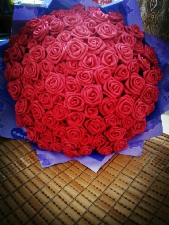 美美的玫瑰花手工制作99朵喜欢可以加我qq1335654194我有卖各种颜色噢