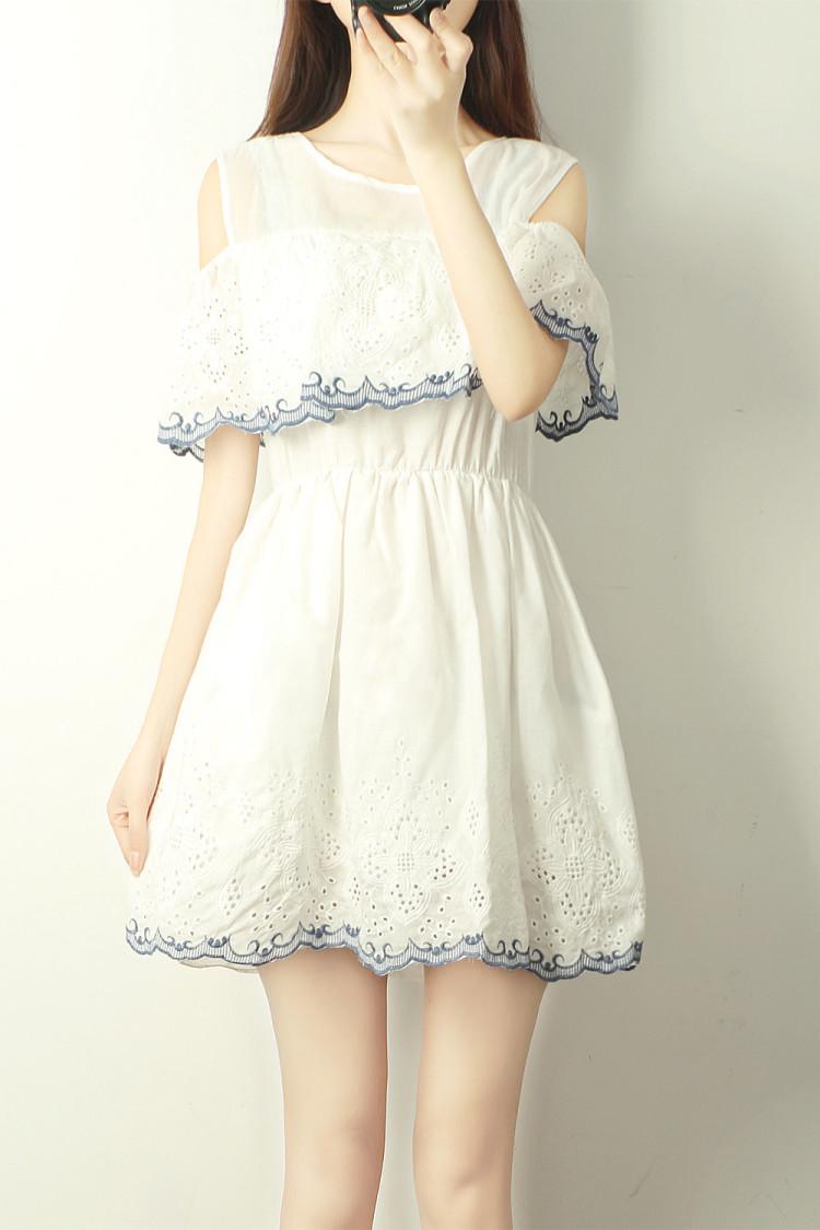 【小清新刺绣花边镂空露肩连衣裙】-无类目-裙子