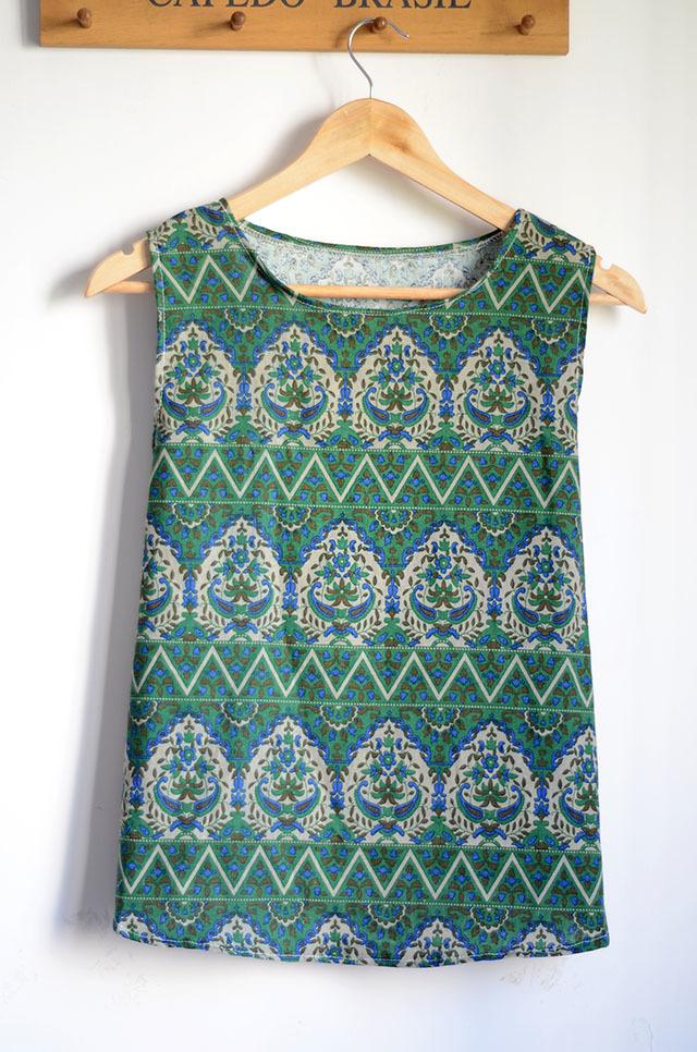 【绿色复古花纹背心】-包包-服饰鞋包