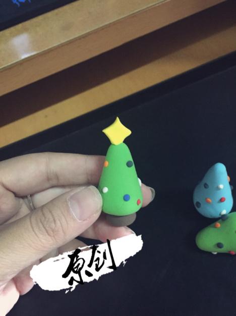 【自己纯手工制作超轻粘土圣诞树