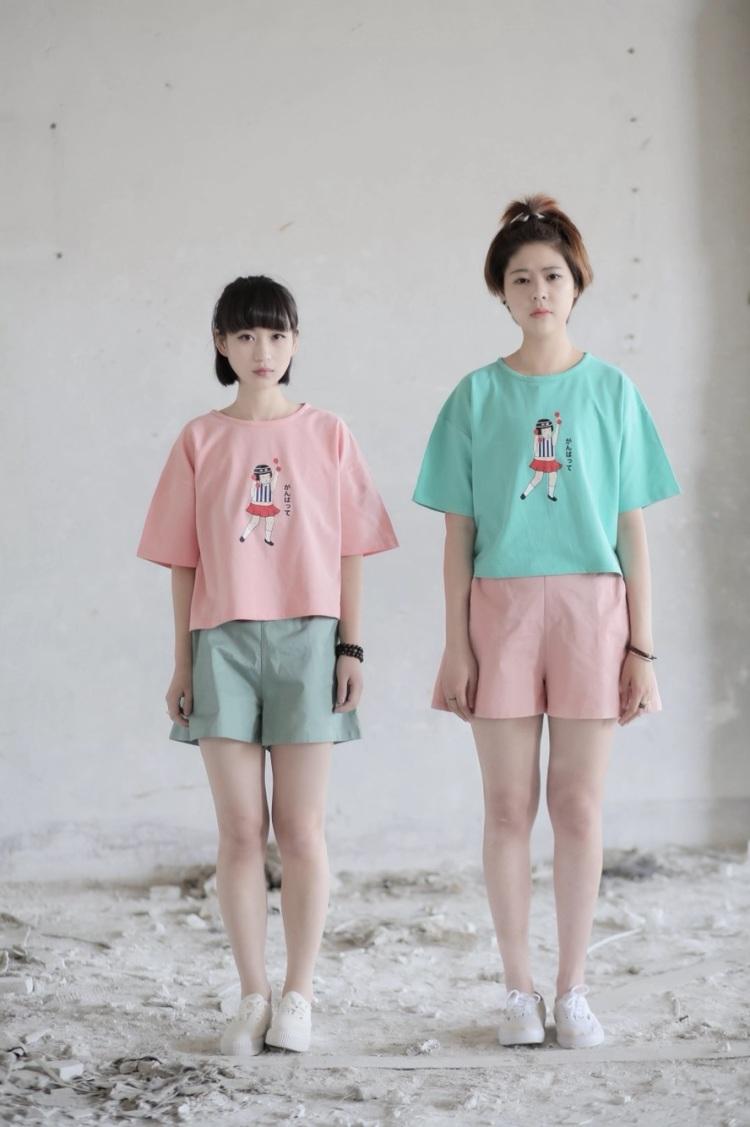 日系小清新 小女孩图案 短袖t恤