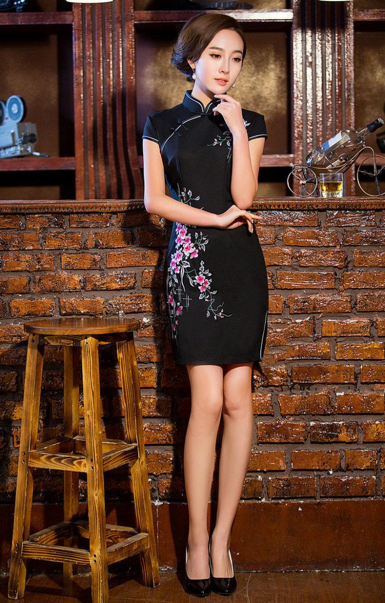 寒梅 高级刺绣旗袍连衣裙