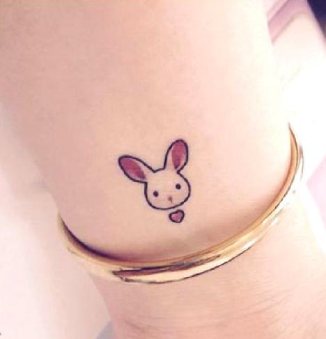 原创个性手绘仿真防水纹身贴 小兔子桃心 小清新手腕耳后纹身贴