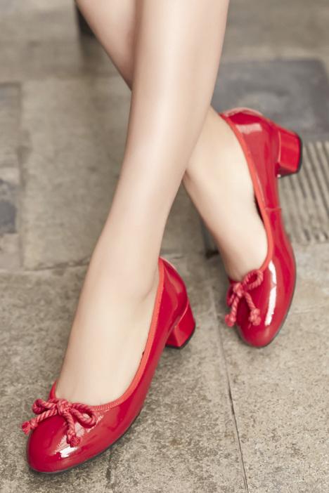 【真皮圆头中跟小红鞋】-无类目-女鞋