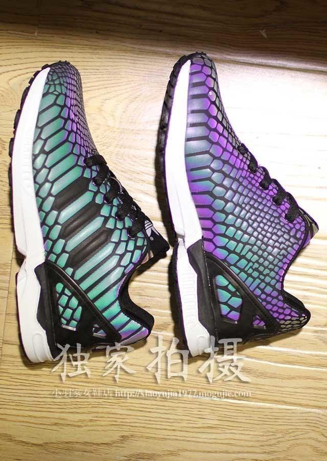 阿迪达斯最新款变色龙情侣休闲运动鞋图片
