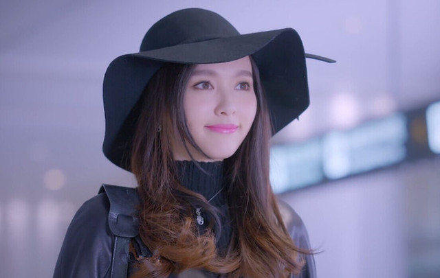克拉恋人高雯同款蝴蝶结毛呢礼帽