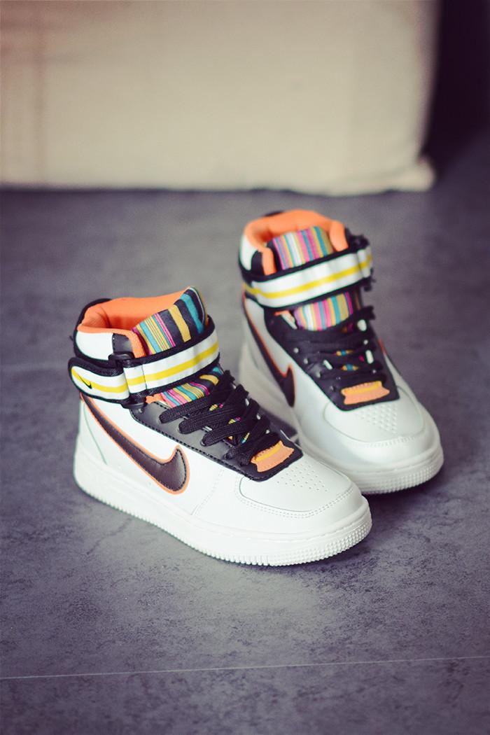 纪梵希耐克空军一号运动鞋