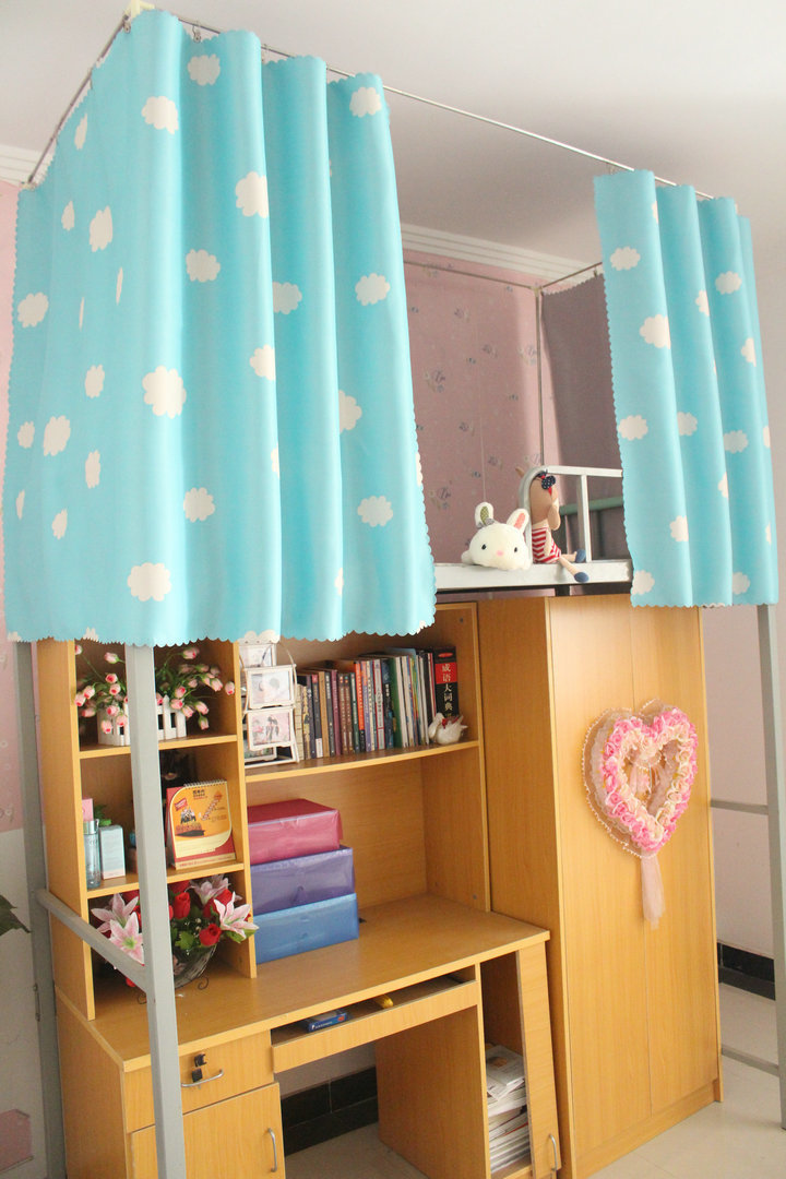 大学生宿舍上铺下铺高低床云朵遮光床帘图片