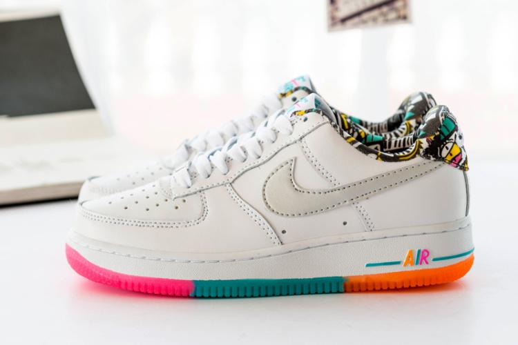 实拍空军一号彩虹涂鸦时尚板鞋