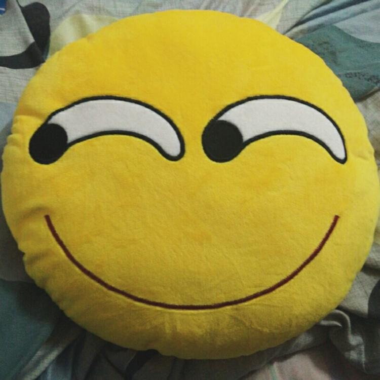【emoji表情抱枕斜眼猥琐表情pp棉细毛绒舒适35cm
