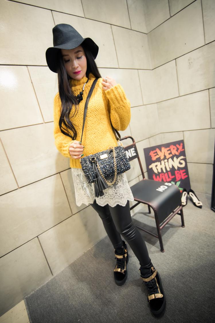 【【小优家】首尔街拍毛线流苏水桶手提包】-包包