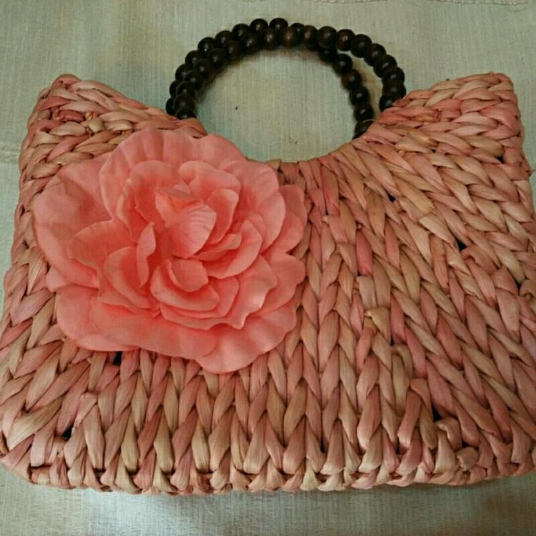 花朵手工麻绳编织包包