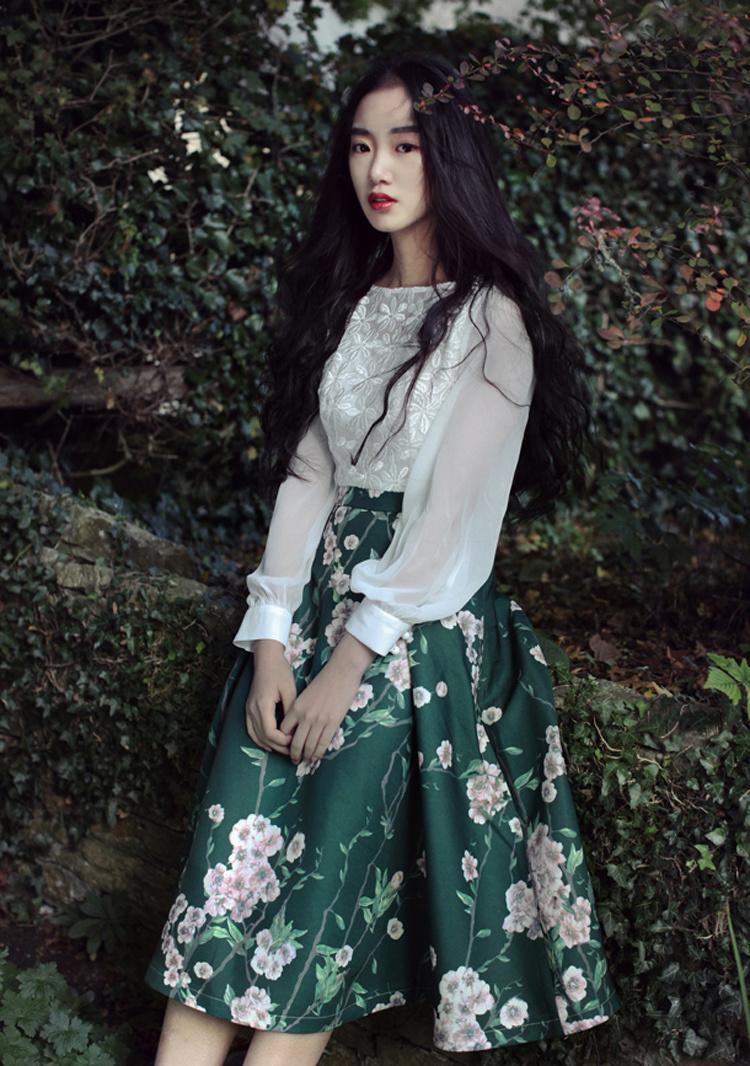 原创设计复古文艺欧式欧根纱蕾丝印花连衣裙