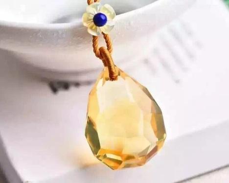 天然巴西黄水晶切面吊坠