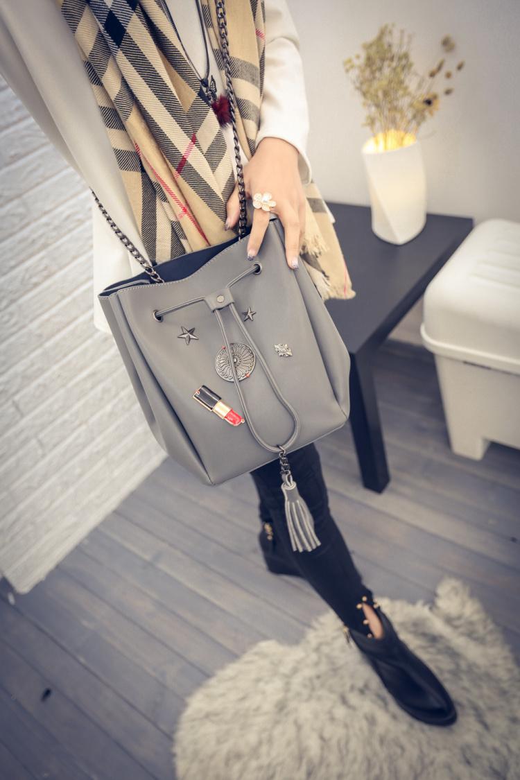 【【宋夫人】欧美口红铆钉链条单肩水桶包】-包包
