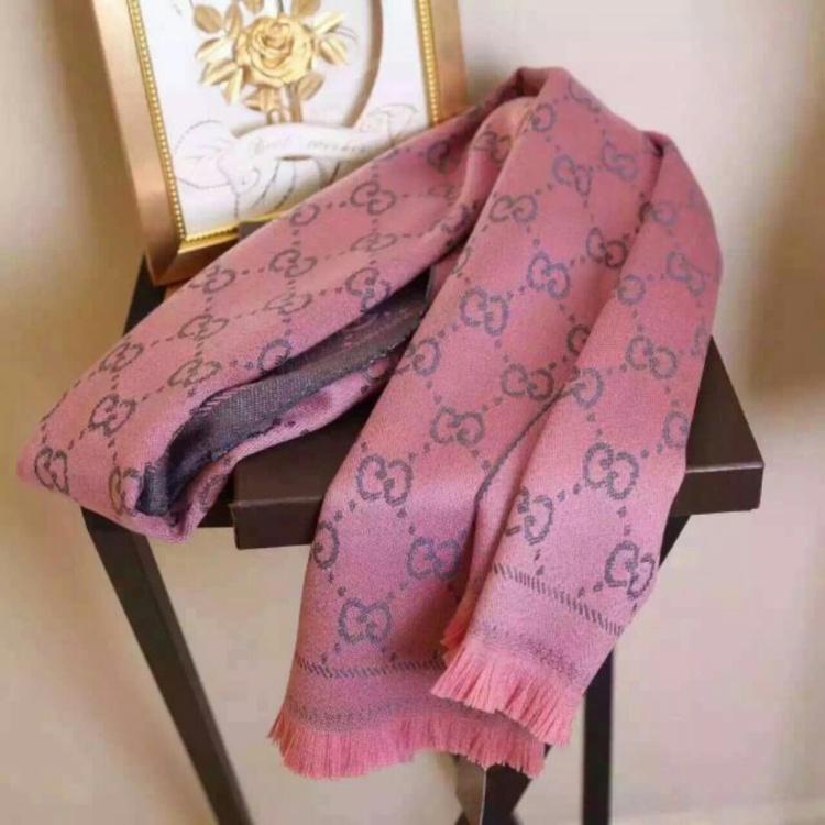 用盒子织围巾步骤图