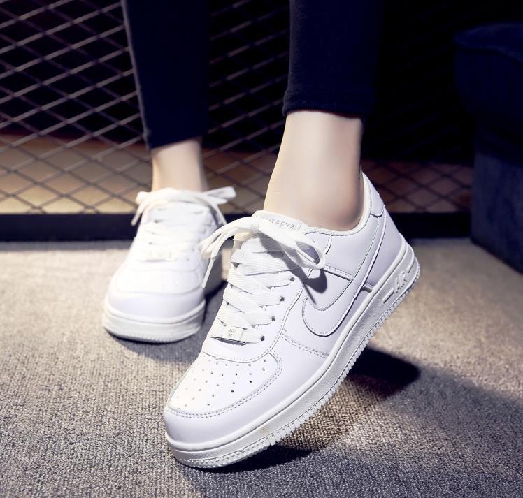 女生兰州版滑板鞋
