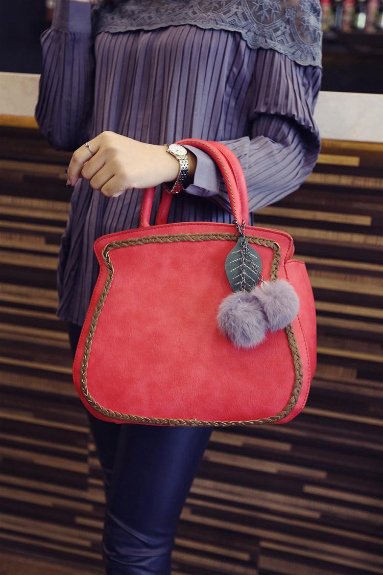 【韩系时尚编绳樱桃毛球手提包】-包包-女包
