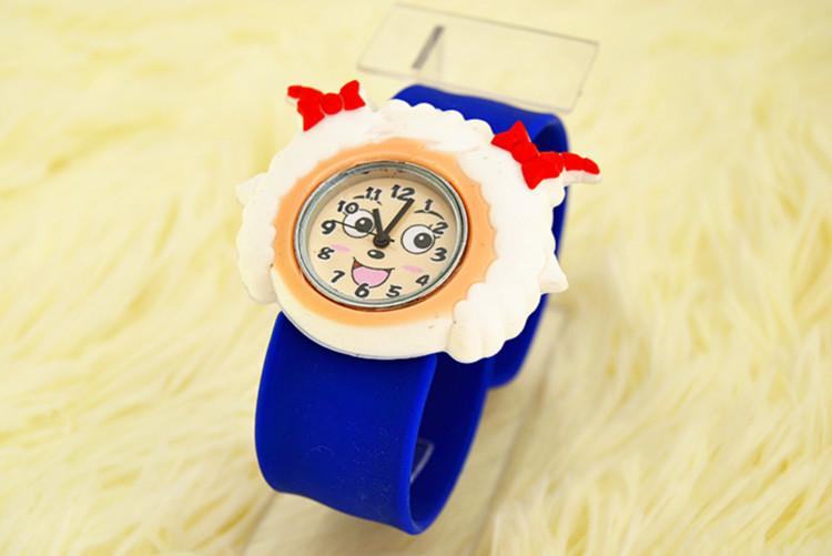 啪啪石英表喜洋洋美羊羊儿童手表卡通手表腕表生日创意礼物