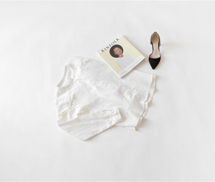 小清新花边拼接棉麻圆领白色衬衫