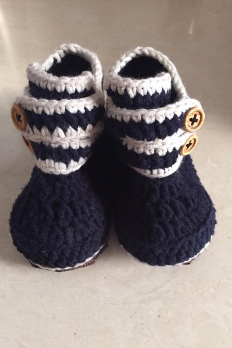 【纯手工编织婴儿鞋】-无类目-母婴用品