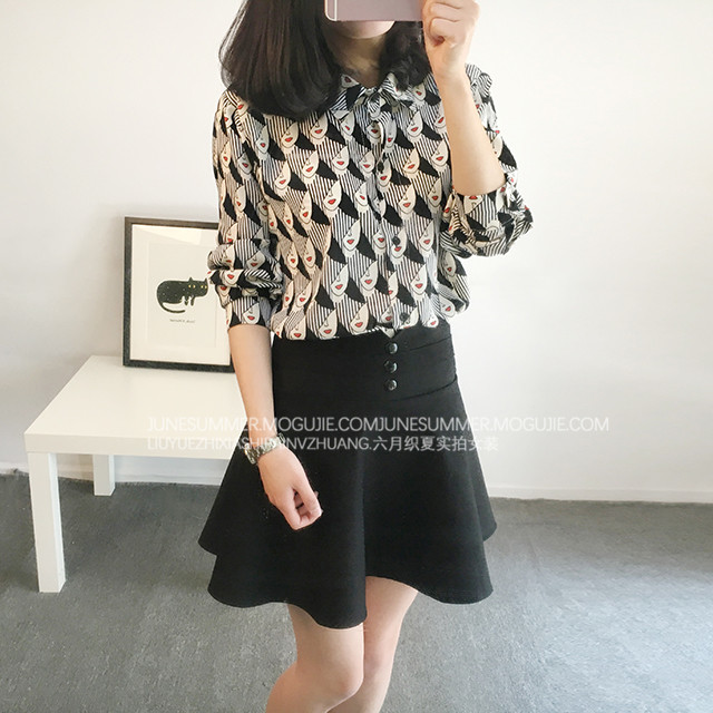【(三色可选)韩版美女头像印花雪纺长袖衬衫】-衣服