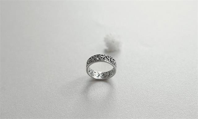 925银复古花纹镂空戒指指环