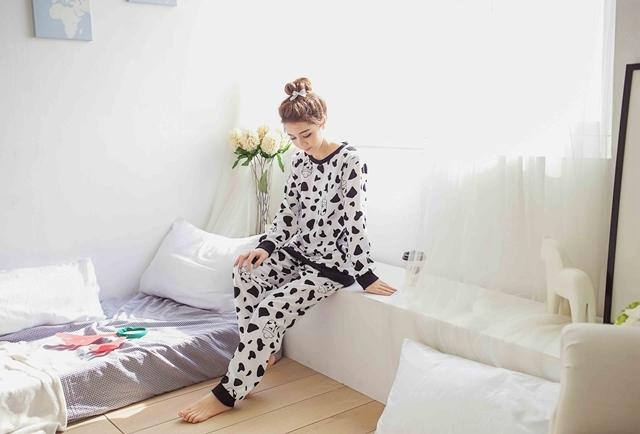 【卡通黑白牛奶瓶休闲睡衣套装】-内衣-女士内衣