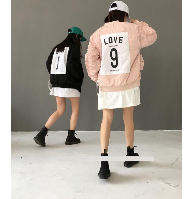 新款闺蜜装后背数字贴布棒球外套