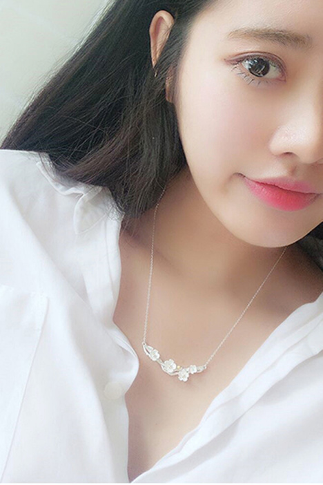 s925纯银日韩国树枝梅花锁骨项链图片
