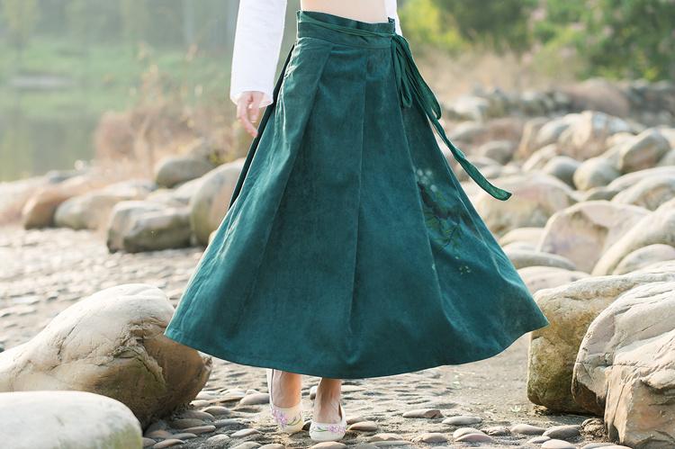 【大小姐】春新品 复古风荷叶手绘系带半身长裙