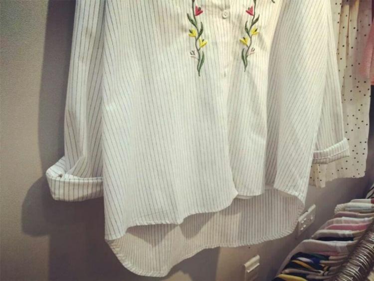 韩版刺绣竖条衬衣精美衬衣