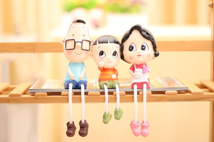 限时特价 大头儿子一家可爱卡通树脂吊脚娃娃摆设礼品生日