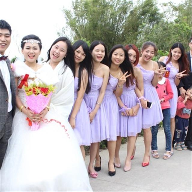 结婚伴娘服