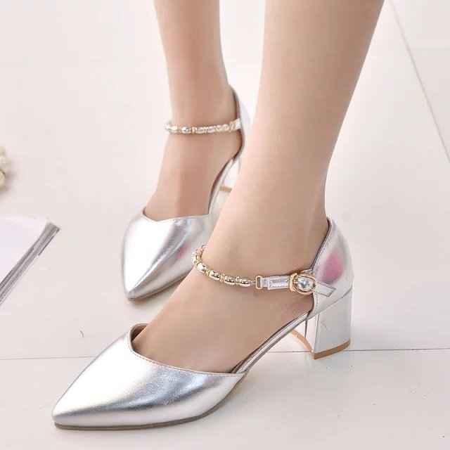 金属色单鞋