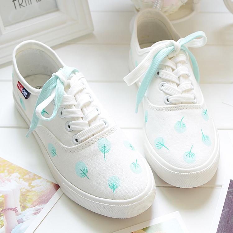 手绘小白鞋女闺蜜鞋