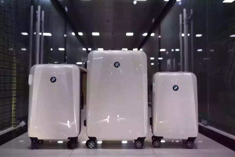 行李箱 宝马 万向轮旅行箱 拉杆箱