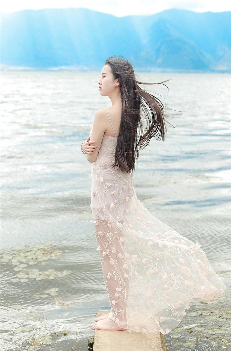 邂逅优品女神性感露背长裙波西米亚海边沙滩度假连衣裙