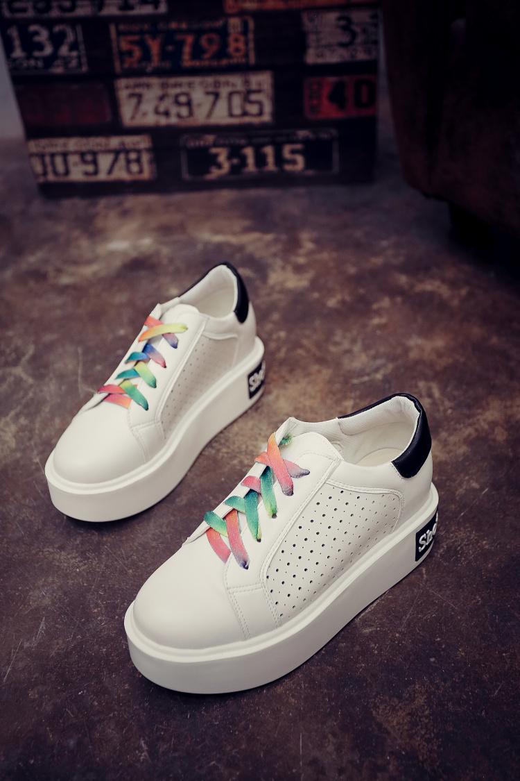 升级透气韩版厚底小白鞋 5厘米底彩虹鞋带图片