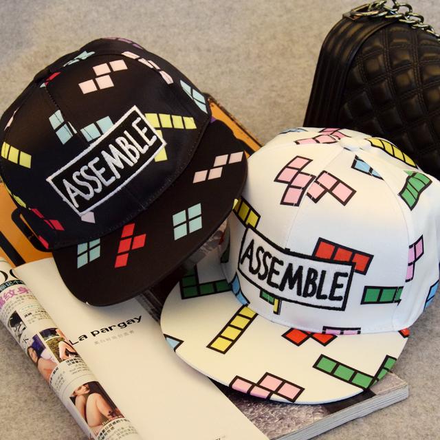 【【拍下送墨镜】韩版花纹俄罗斯方块情侣棒球帽
