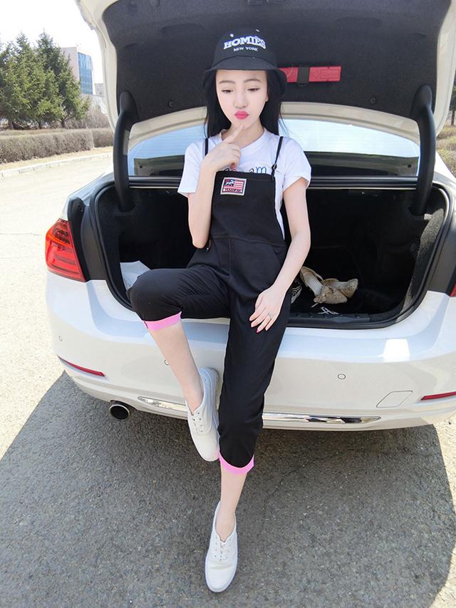 糖果色连体裤套装 彩色字母恤 九分背带裤两件套
