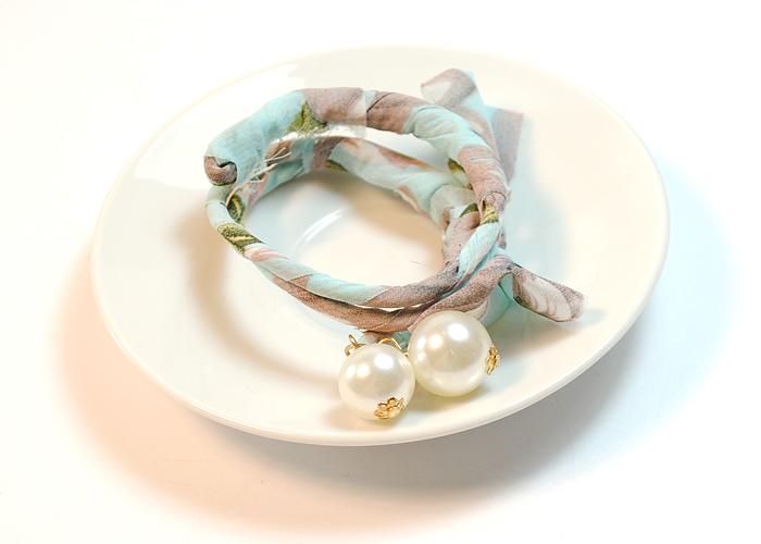 韩版新款雪纺珍珠蝴蝶结女士盘发器图片