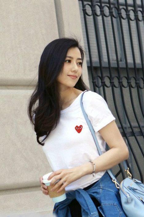 杨幂高圆圆久川保玲同款时尚简约白色爱心短袖t恤上衣