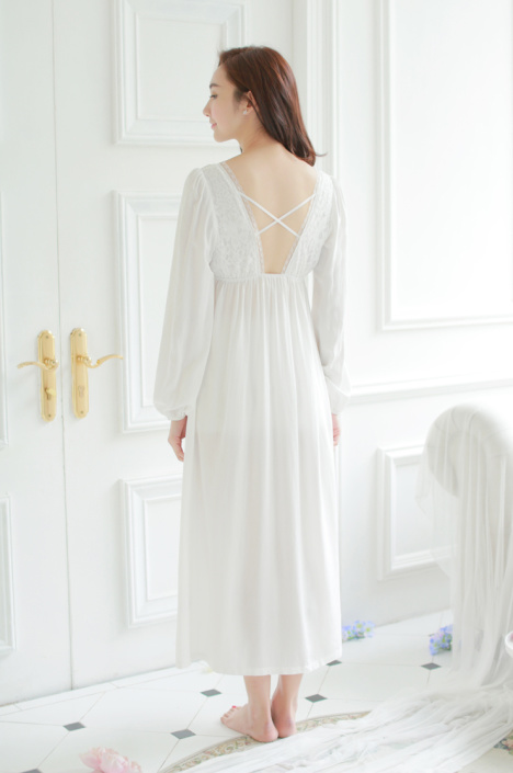 【白色公主纯棉长款欧式睡裙女夏v领蕾丝宽松镂空大