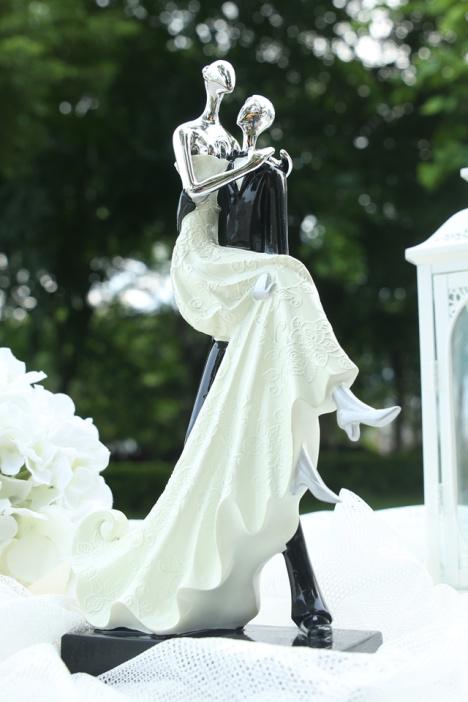 欧式摆件装饰品 树脂情侣摆件办公室 家居装饰摆设工艺品