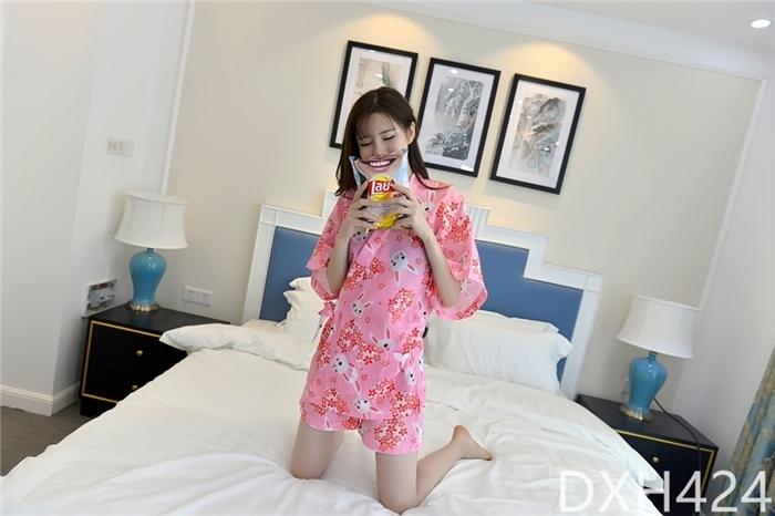 甜美萌妹子樱花可爱卡通印花家居服睡衣套装